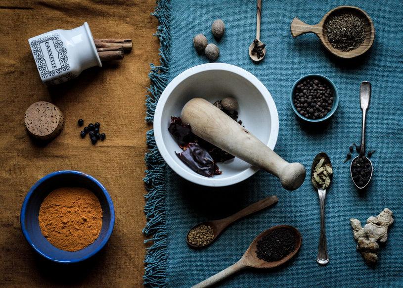 Préparation d'un mélange d'épices